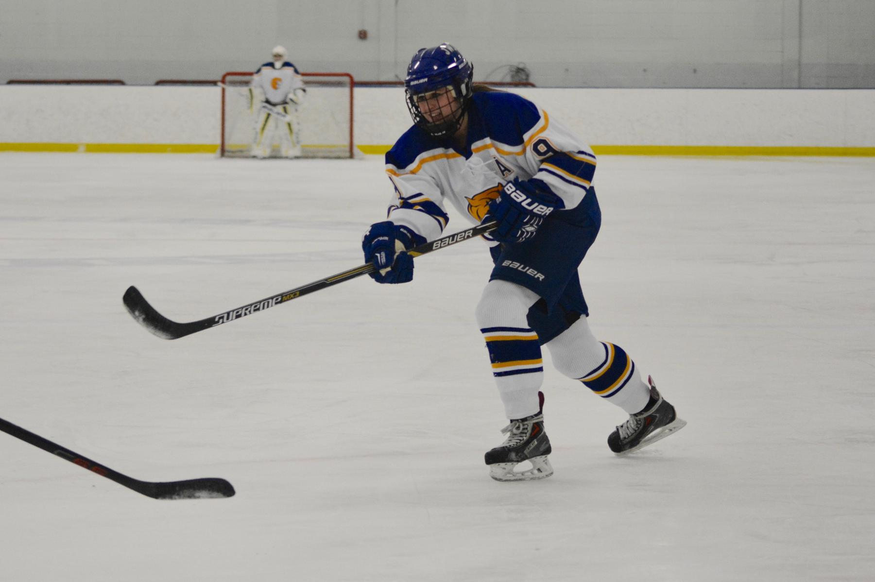 Britton's Two Goals Leads JWU To 2-1 Win Over Salem State