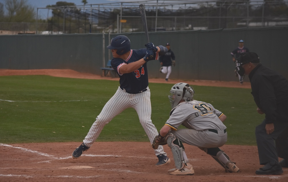 Freshman Karl Koerper hit a two-run RBI single in the first game but the Aztecs baseball team struggled in the late innings as it dropped an ACCAC Division I doubleheader at No. 7 Cochise College. The Aztecs are 26-14 overall and 12-11 in ACCAC conference play. Photo by Ben Carbajal
