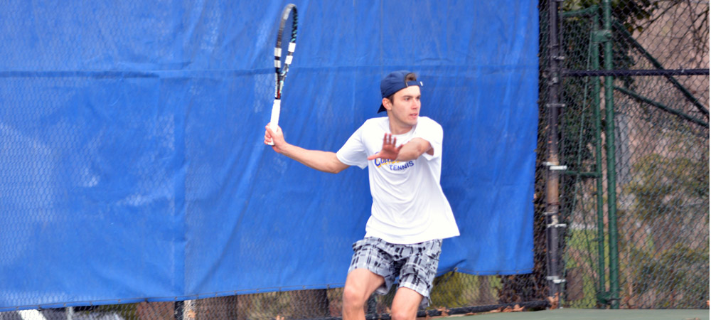 Men's Tennis Falls In Season Opener At Delaware, 5-2