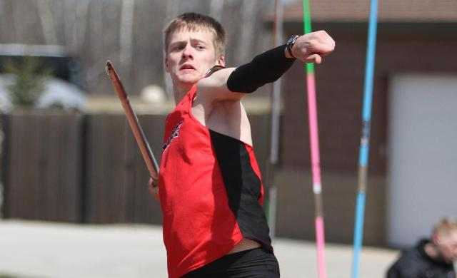 Wright Wins Two Events at St. Norbert Invite