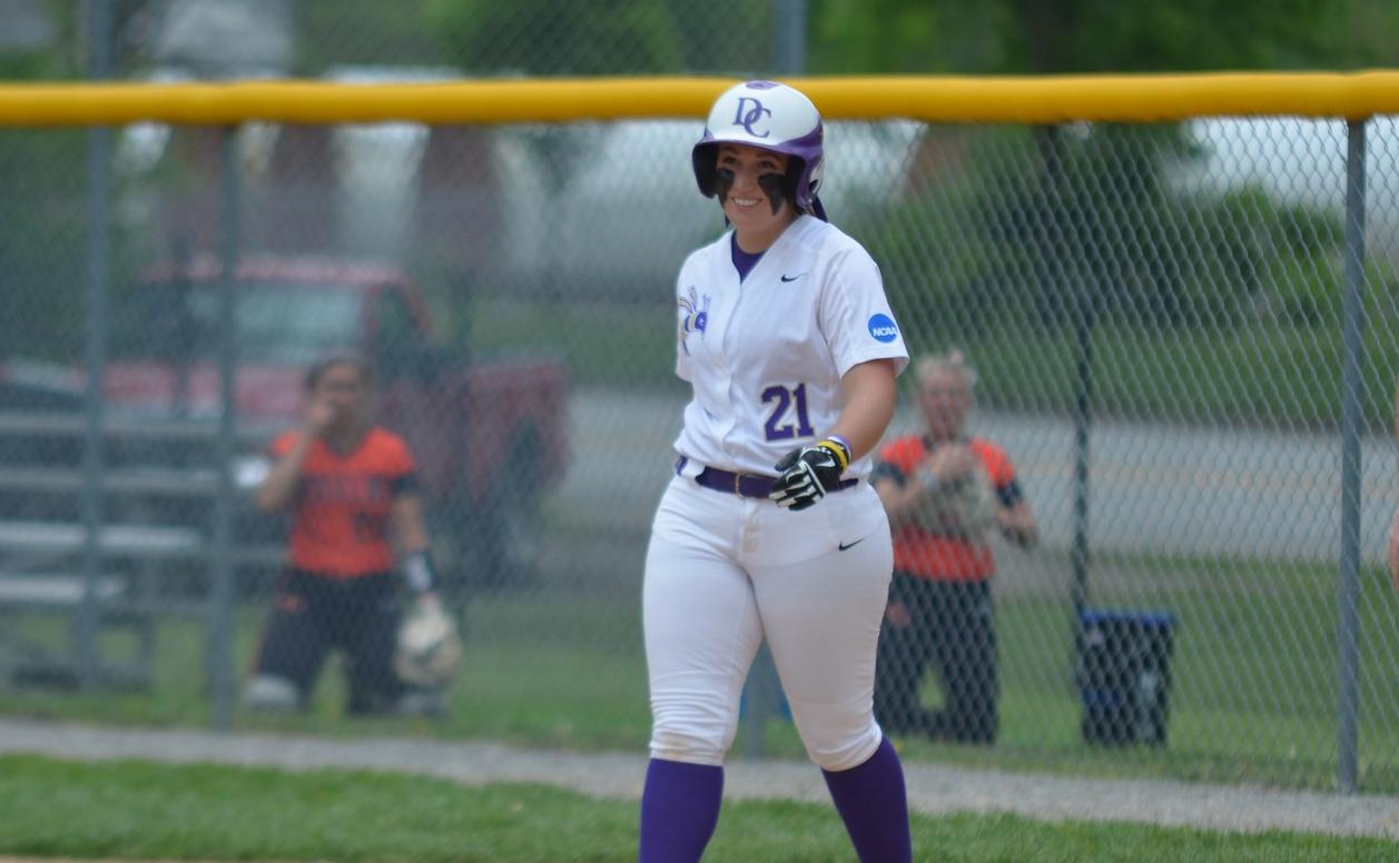 Softball Rallies to Advance to Day Two of the HCAC Tournament