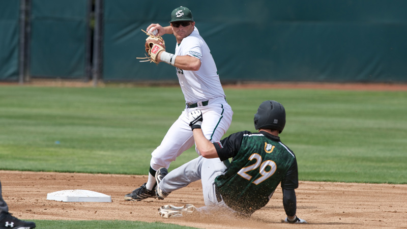 BASEBALL CONTINUES MIDWEEK SUCCESS WITH 7-2 WIN AT USF