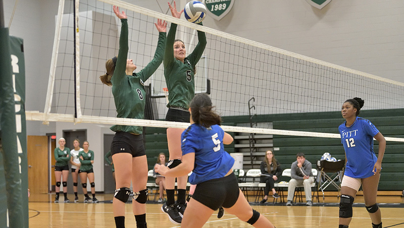 Richard Bland Falls To Visiting Pitt (N.C.) 3-0