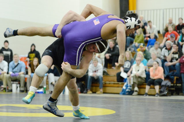 Nazar Kulchytskyy recorded his 31st career pin against the Warhawks