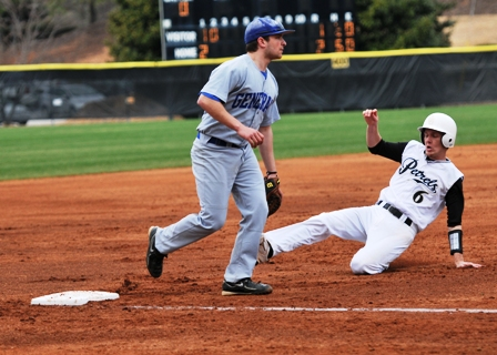 Petrels Swept by Rhodes in Doubleheader
