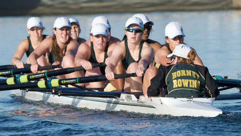 Rowing's Varsity Eight Finishes First in the San Deigo Crew Classic Petite Final