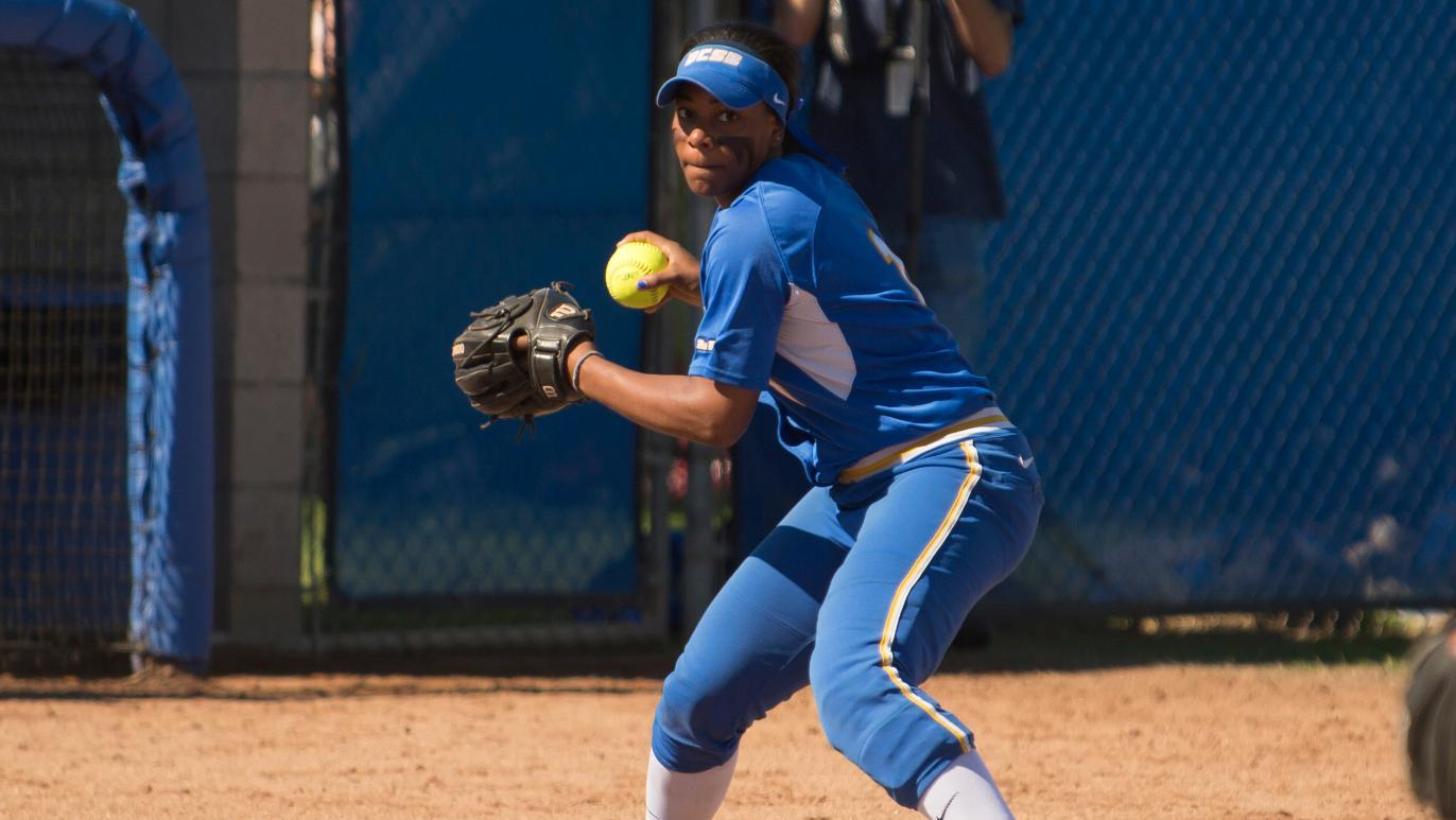 Live WEBCAST: UCSB Softball vs. UC Riverside (Saturday, May 2nd @ 12pm)
