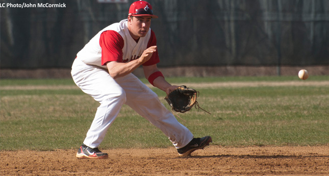 Lynchburg Baseball Splits With Randolph-Macon