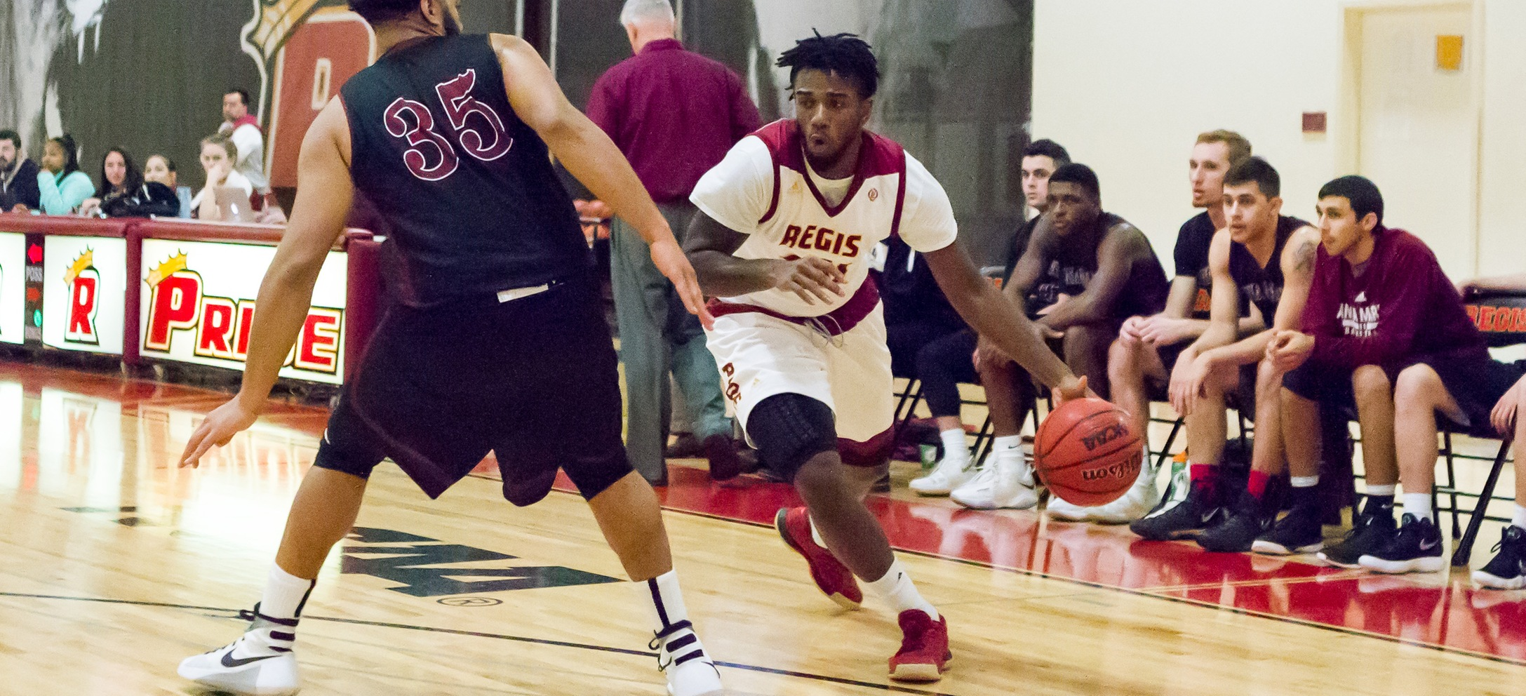 Blistering Second-Half Shooting Lifts Men's Basketball By Mount Ida