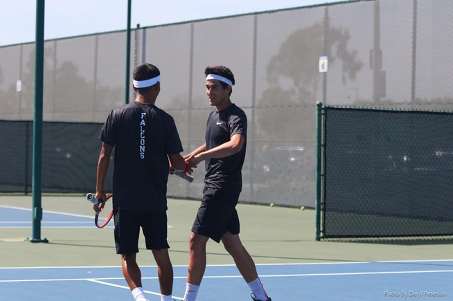 Falcon men's tennis opened playoffs with 5-0 win