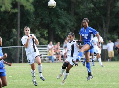Lady Petrels Lose 1-0 to Sewanee in Hard-Fought Game