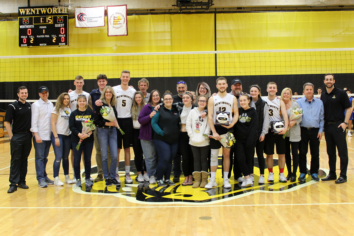 Men's Volleyball Honors Seniors With GNAC Tri-Match Sweep