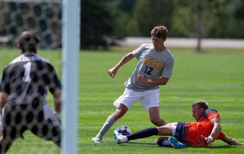 Golden Eagles Defeat Northeastern JC 2-1 on the Road