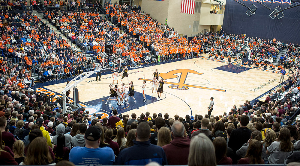 Picture from the upper concourse showing the Feb. 2, 2019, Calvin-Hope game at Hope's DeVos Fieldhouse. (Hope athletics photo)