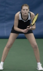 Ellen Folkers was named the Horizon League Tennis Player of the Week.
