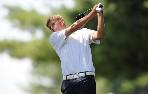 Coker Golf in 10th After Day One at Spring Kickoff
