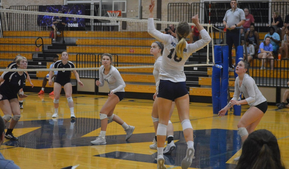 Westminster Volleyball Falls to Fontbonne in Five