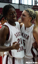 Buzzer-Beater Sinks Santa Clara Women
