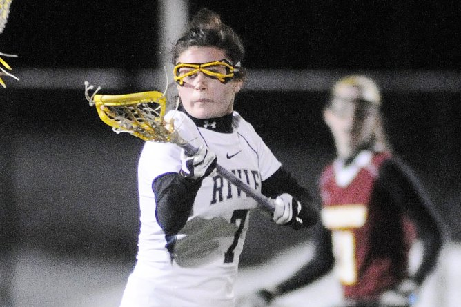 Raiders Three Game Win Streak Halted at Regis 11 - 9