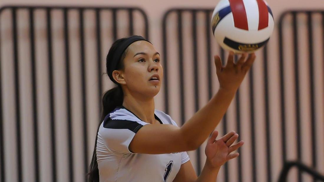 Pakalana Helekahi recorded a double-double in the opener and a match-high six service aces in the finale.