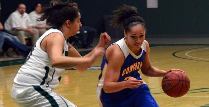 Women's Basketball soars past Benedictine for seventh straight win