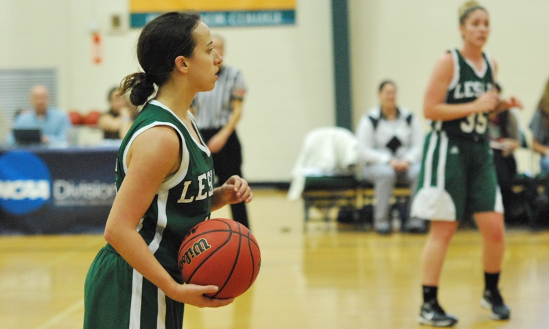 Women's basketball falls at Lasell, 63-41