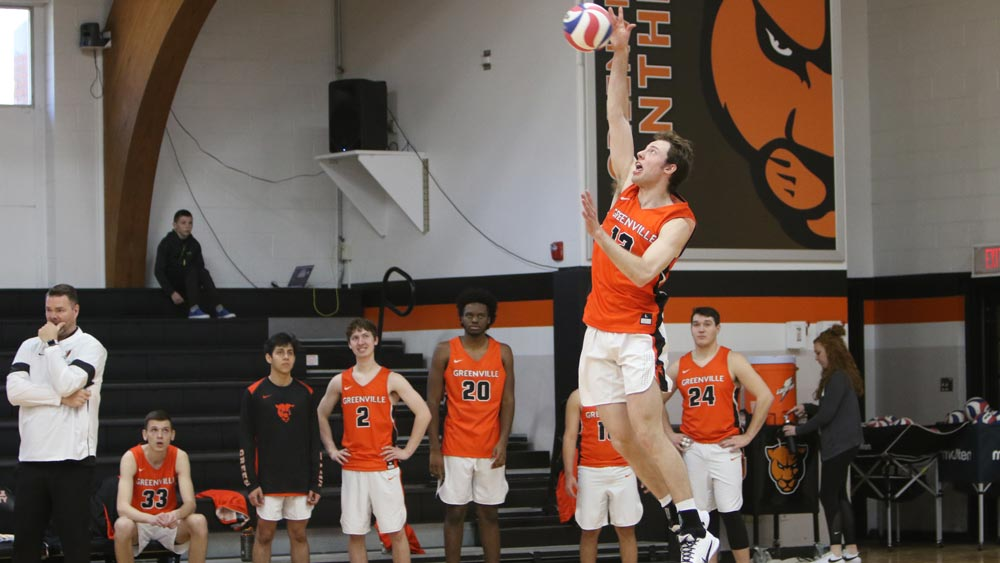 Men's volleyball bettered by No. 11 Carthage