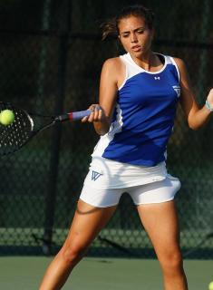 Blue Tennis Opens Spring With 5-4 Win Over #22 Mary Washington