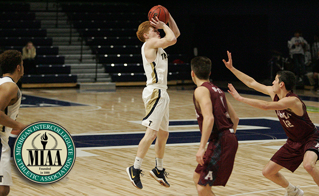 "Pete Smith Named MIAA Men's Basketball ""Player of the Week"""