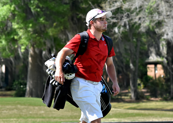 Sophomore Stephen Shephard placed second in the USA South Athletic Conference Tournament with a 4-under-par 212 in three rounds. Shephard shot a 4-under 68 in the final round of the tournament.