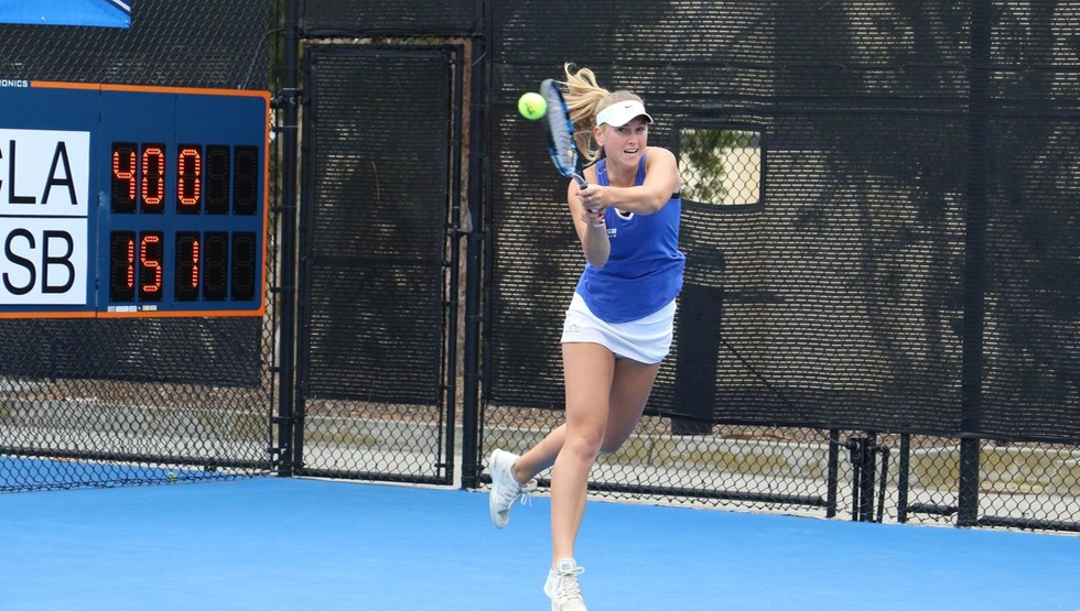 Palina Dubavets and the 47th ranked UCSB women's tennis team fell 4-0 in a much-tighter-than-the-score-indicates NCAA Tournament match to No. 23 UCLA on Friday. (Photo courtesy of Pepperdine Athletics Communications)