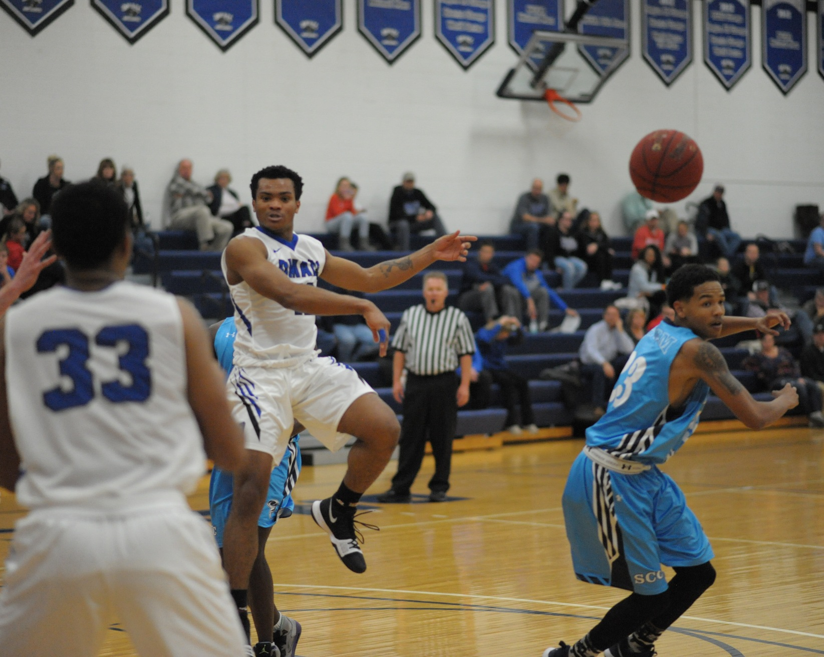 DMACC Men's Basketball Improves to 7-1 With Two Wins in Home Classic