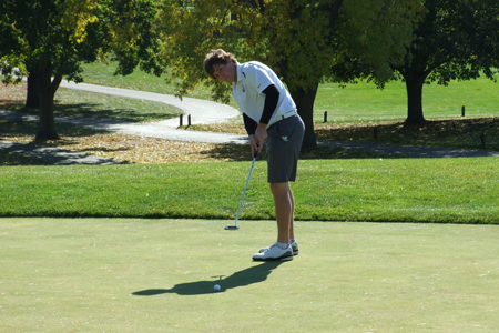Golf Competes at Benedictine Invite, Rich Breaks 80 to Finish Tied for 10th