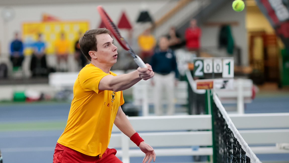 Ferris State Men's Tennis Holds Off Wayne State To Remain In First Place In GLIAC