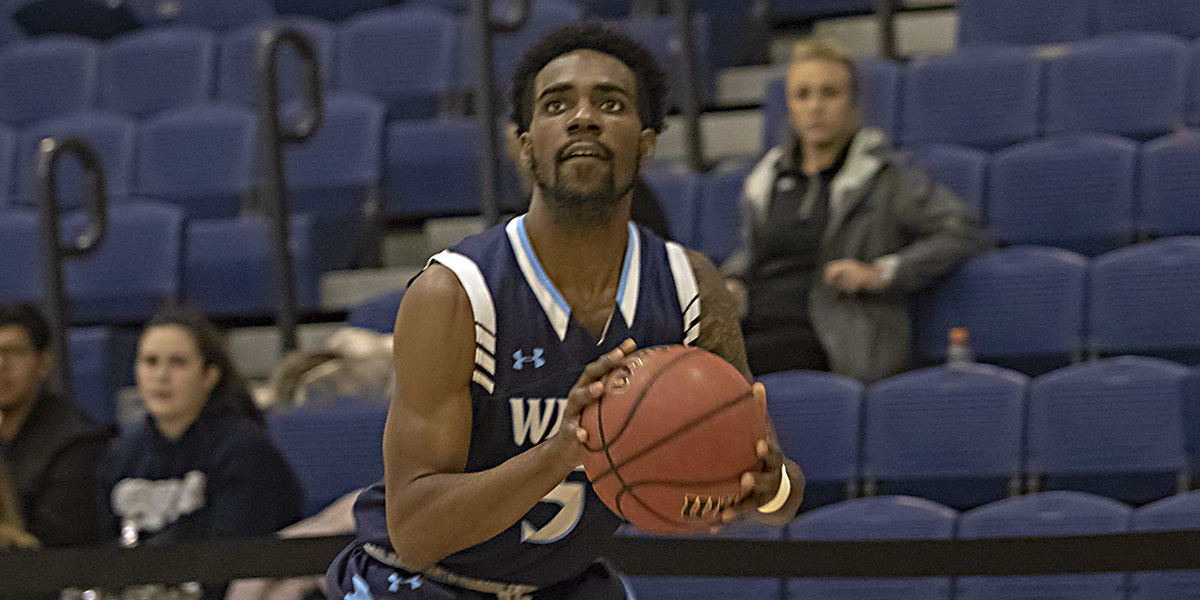 Men's basketball pulls away in second half to beat Immaculata, 71-52