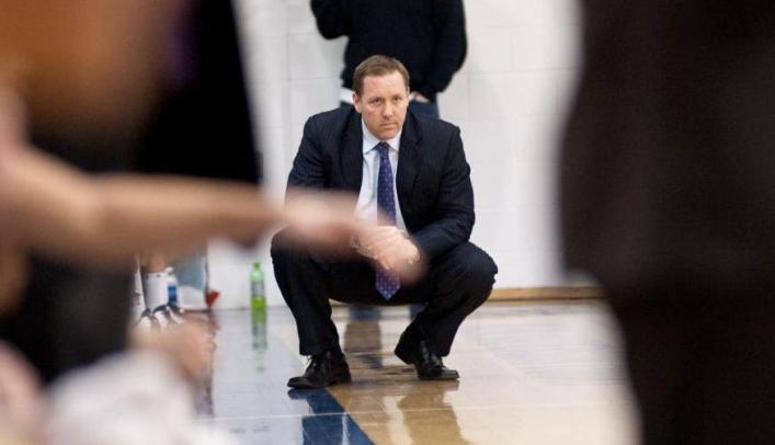 Green Steps Down as Blugold Men's Basketball Coach