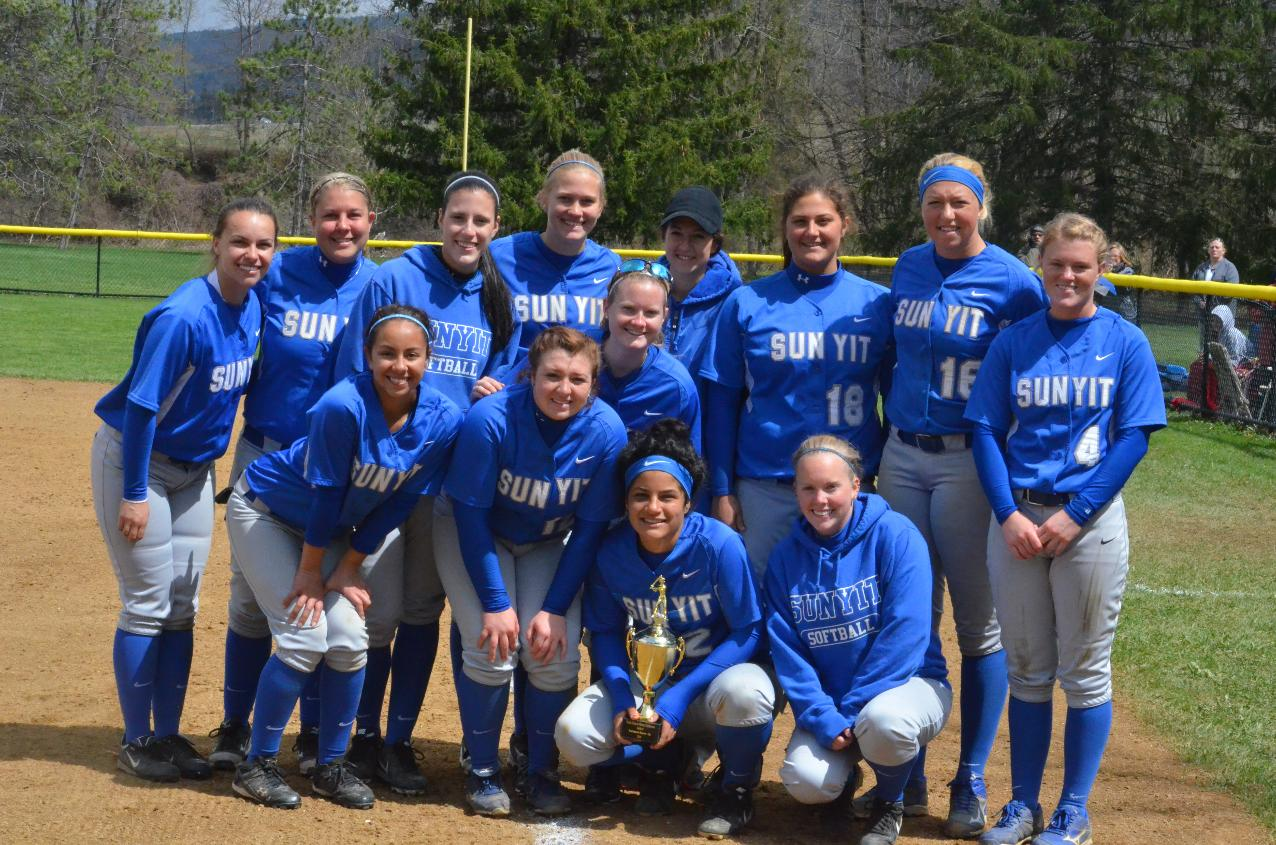 Softball Takes Runner-Up after Improbable Run to NEAC Finals