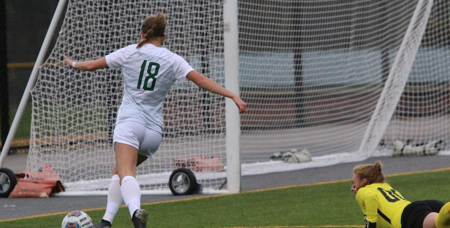 Cassidy Walsh (18) scored a pair of goals for the Wolves on Saturday