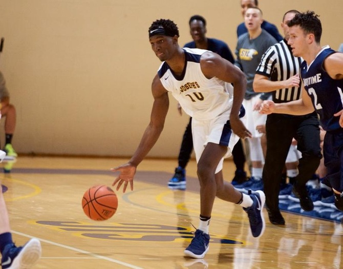 Late-Game Push Sees Men's Basketball Past Maritime