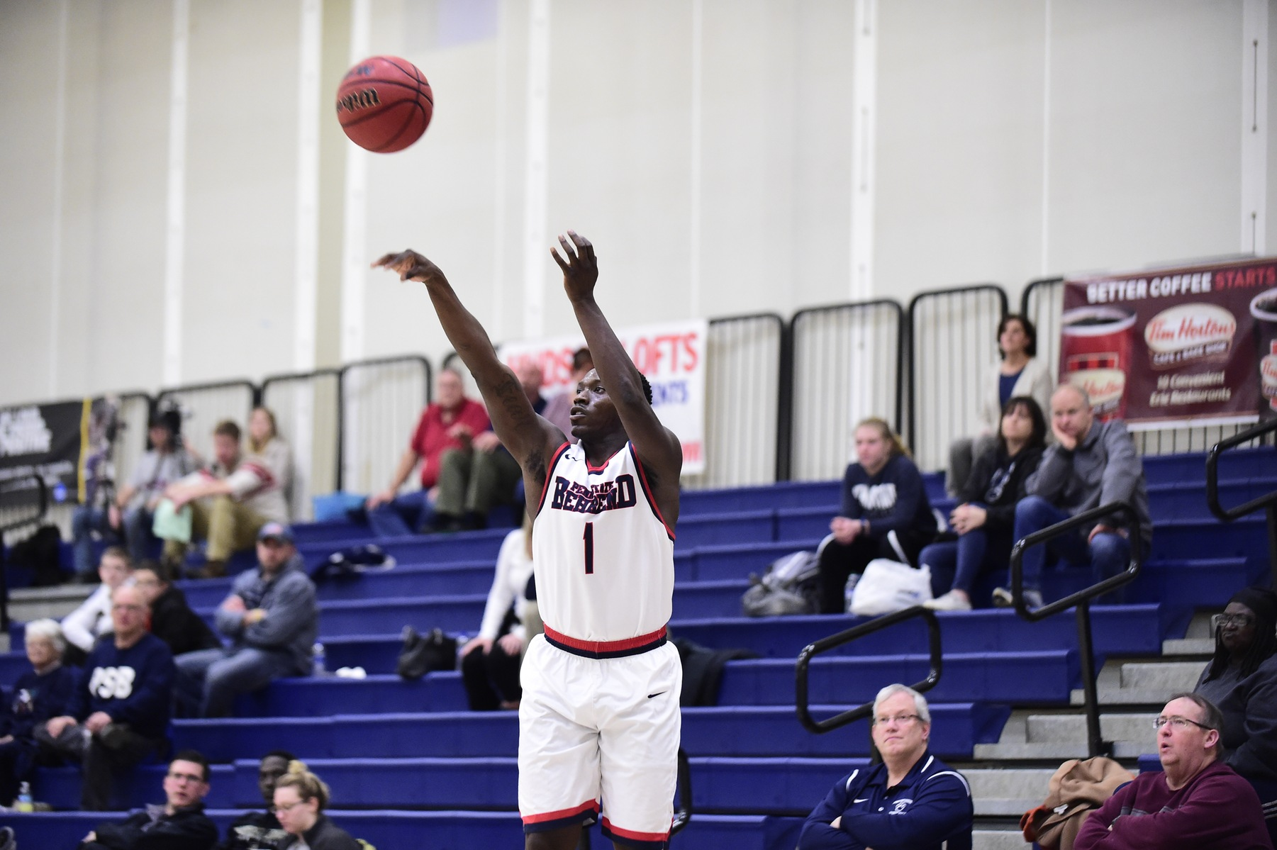 Brinson Leads Men's Basketball Past Mt. Aloysius