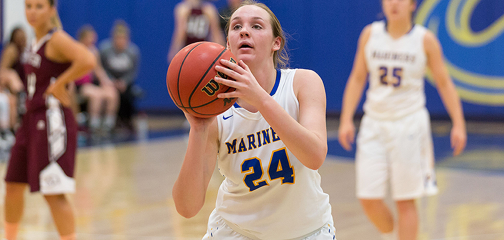 Fourth-Quarter Comeback Powers Mariners Past Bantams