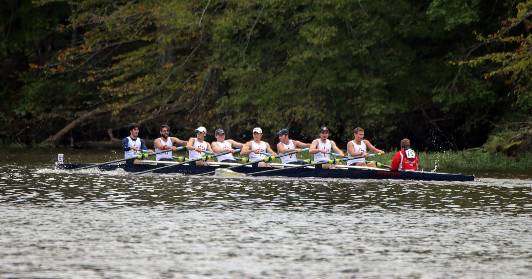 Second Varsity Eight Finishes First at Washington College