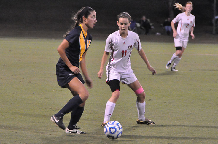 Women's Soccer: No. 19 Emory stops Panthers in non-conference action