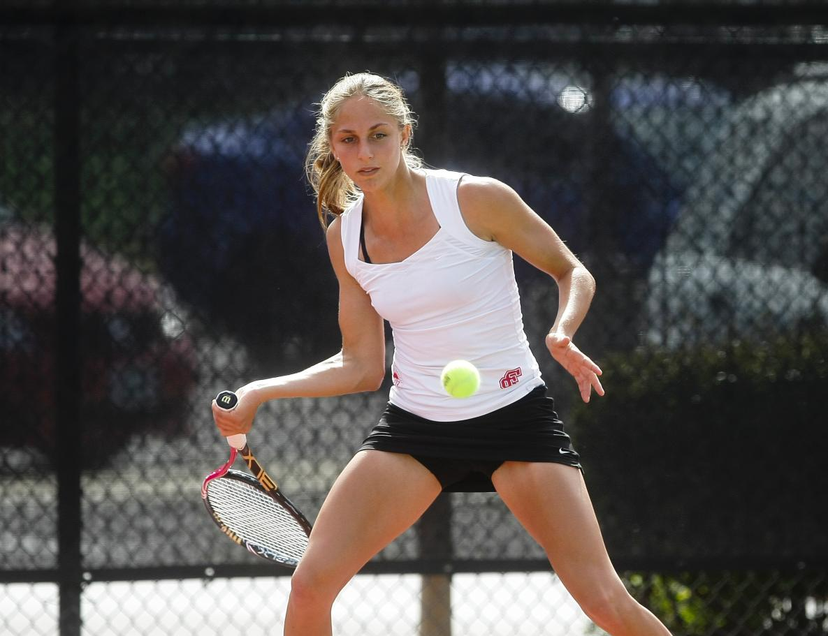 Bronco Women's Tennis Cannot Top No. 20 Rice, Fall 4-1.