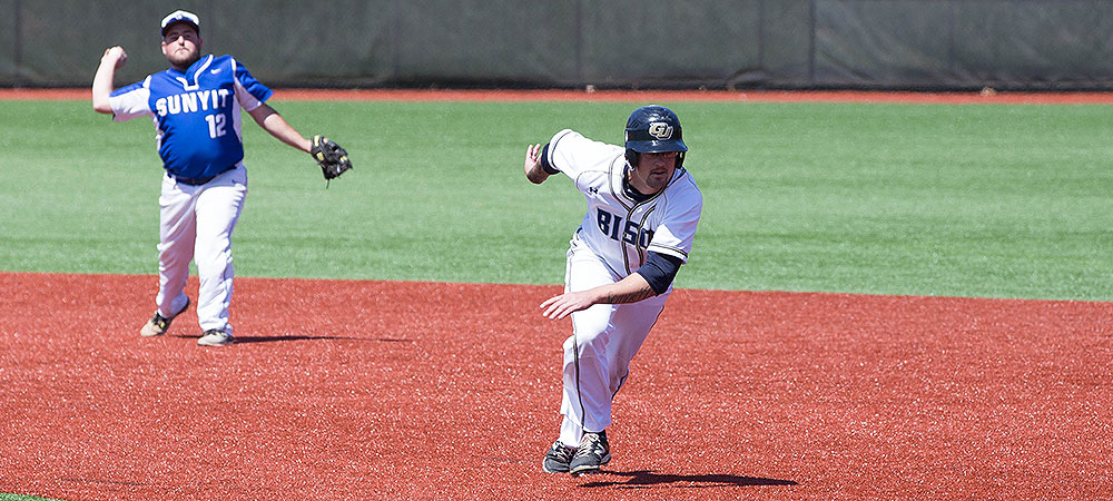 Late-inning rally leaves Gallaudet seeing double