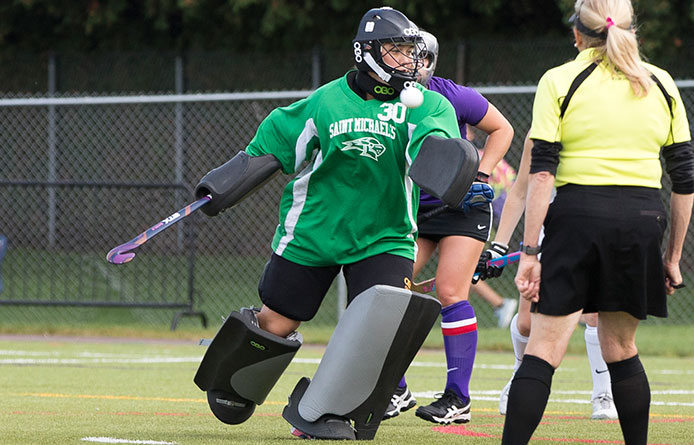 Field Hockey Commences Campaign with 2-0 Loss Against Mansfield During Tournament