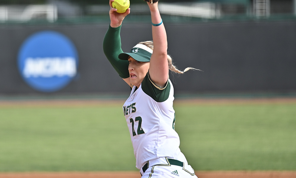 SOFTBALL FALLS IN 11 INNINGS TO PORTLAND STATE, 2-1, IN 1ST ROUND OF THE BIG SKY TOURNAMENT