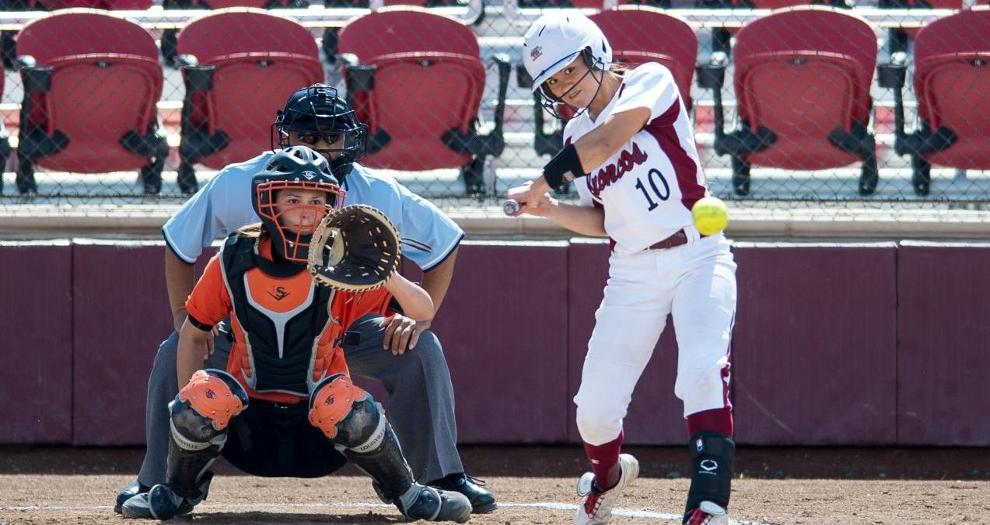 Softball Drops Doubleheader to Grand Canyon, Cal