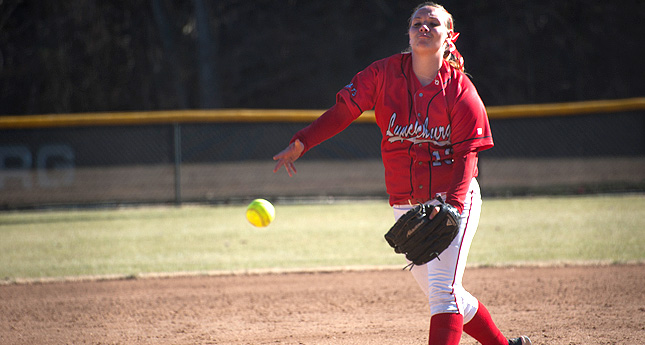 Hornet Softball Splits Doubleheader at Randolph-Macon