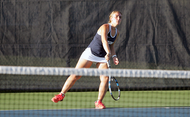 Women's Tennis Drops Close Matches in Loss to Spring Arbor